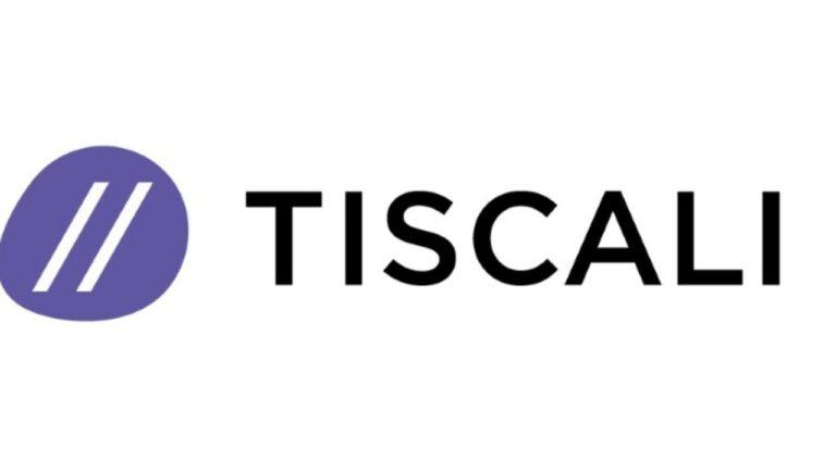 Tiscali, la storia dell'operatore sardo: vi ricordate le schede telefoniche?